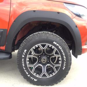 Protecție pentru aripi Kaplama - Toyota Hilux 12' - 19'